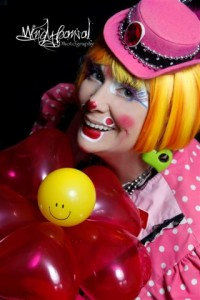Pic-Korki Mommy Clown of Hearts